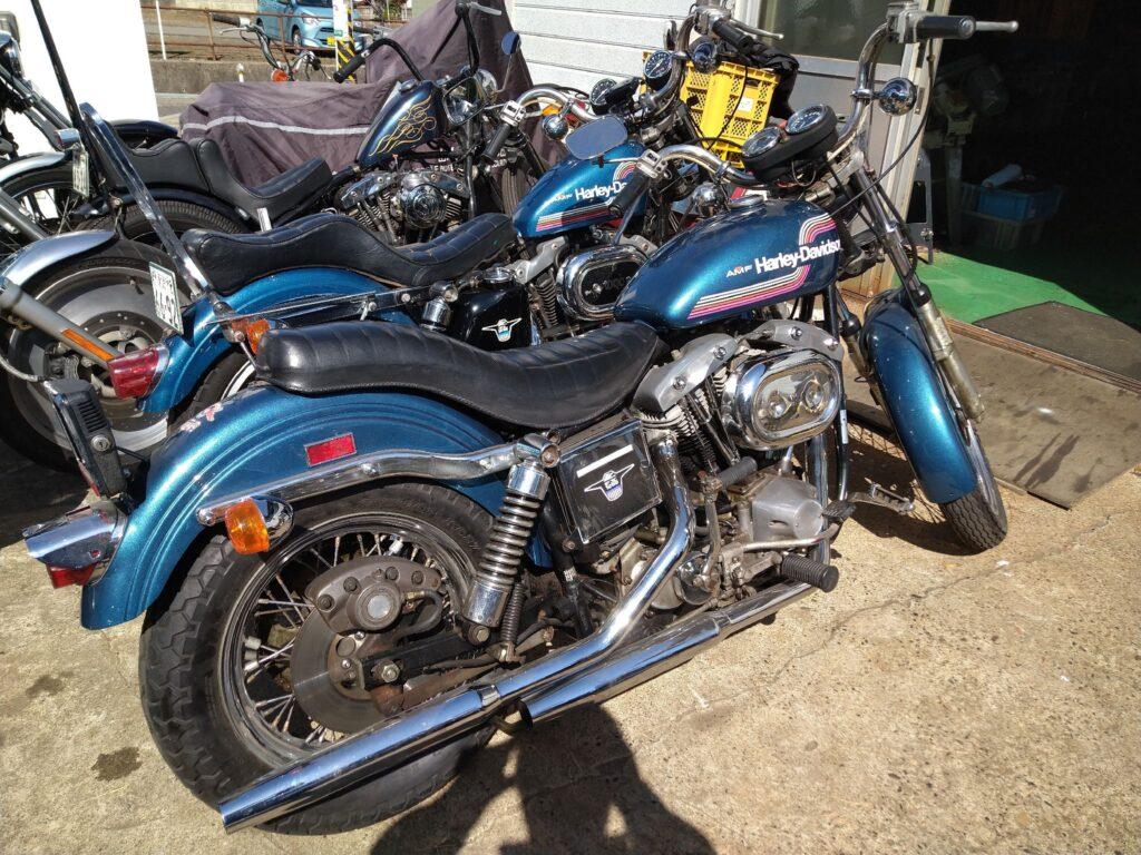 75年バイク2台